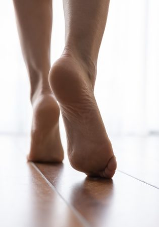 Hyperhidrosis treatment for feet_v1
